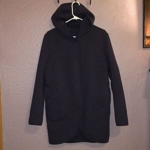 LuLulemon long coat. (Sz M)